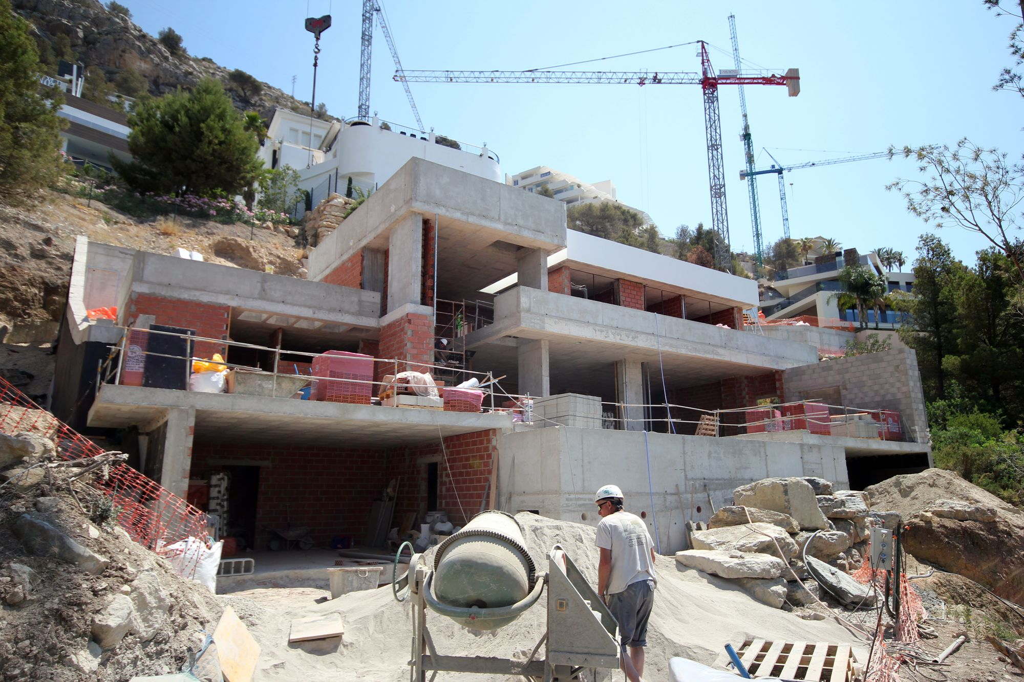Large Changes To The Construction Of Villa Eva Royal