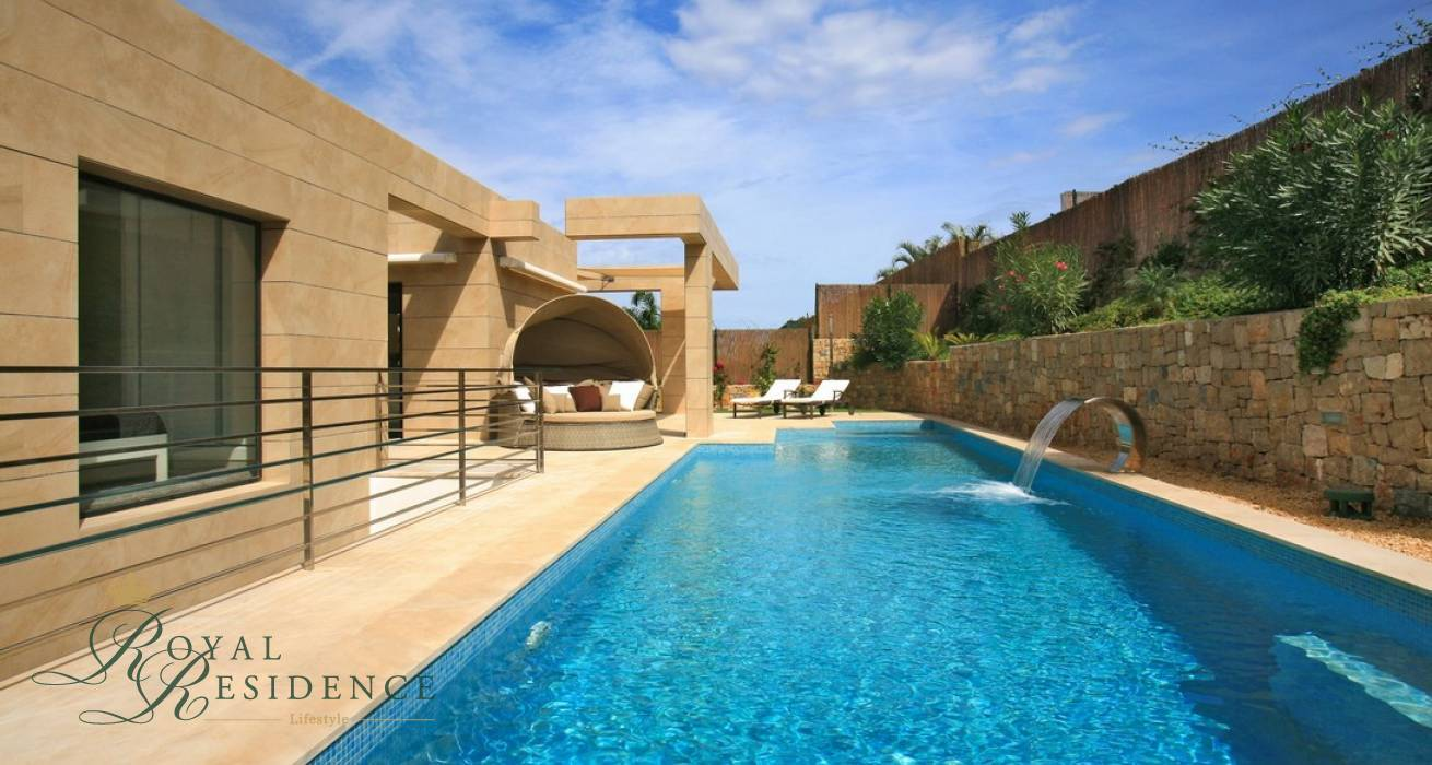 Key ready modern style Villa in Javea