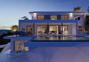 Luxury modern villa under construction in Benitachell