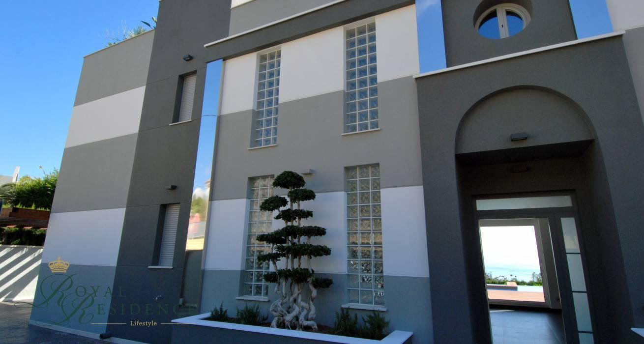 Calpe,Costa Blanca,Spain,5 Bedrooms Bedrooms,7 BathroomsBathrooms,Villa,1277