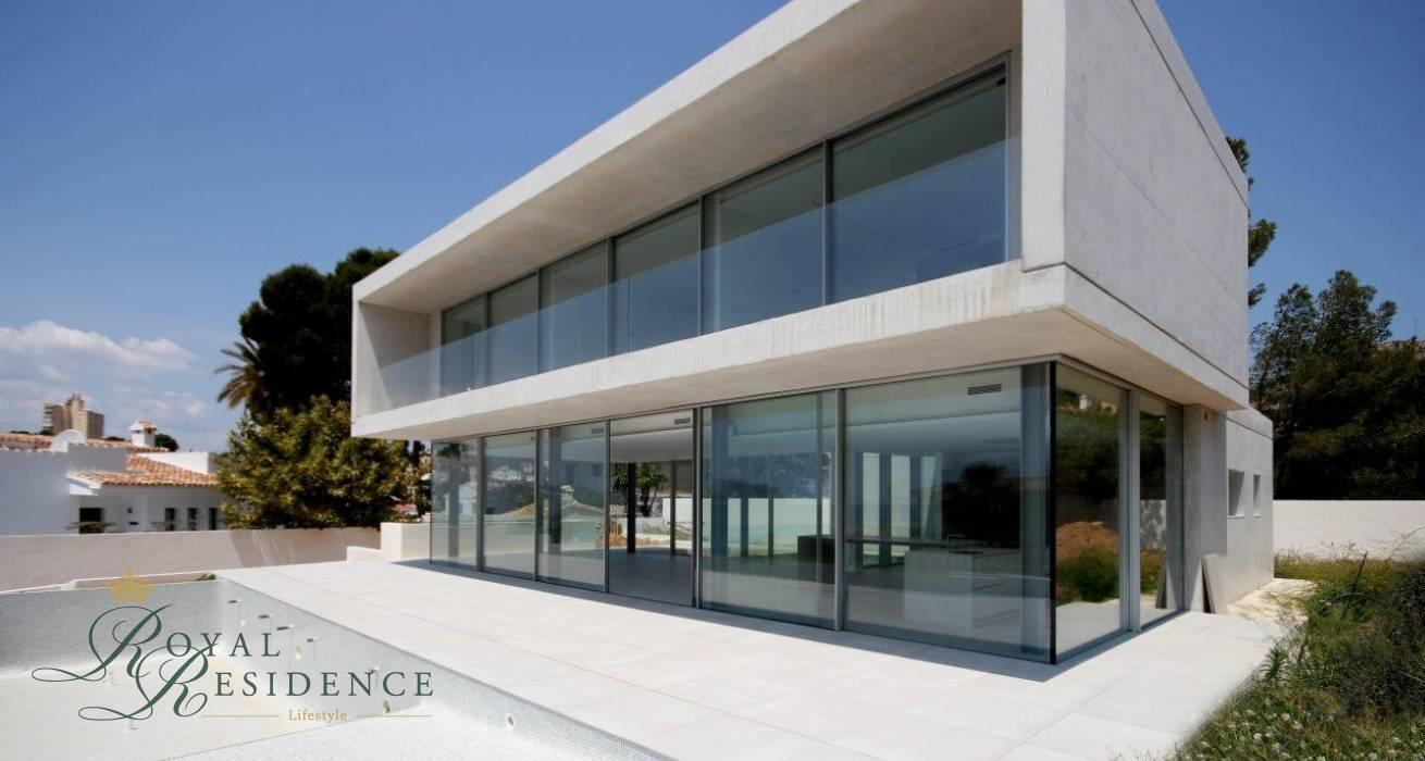 Designer vill in Moraira with sea views