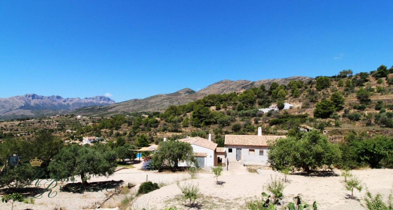 Country house in Benissa