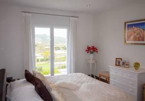 Modern villa in Benitachell with valley views